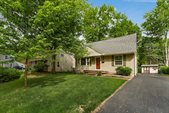 178 Loveman Avenue, Worthington, OH 43085