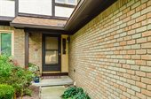 1602 Six Point Court, Worthington, OH 43085