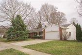 219 East Sanbridge Circle, Worthington, OH 43085