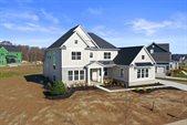 2024 Liberty Bluff Drive, Delaware, OH 43015