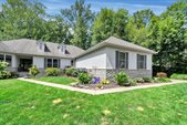7693 Laurelwood Drive, Canal Winchester, OH 43110