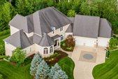 1447 Riverwood Lane, Powell, OH 43065