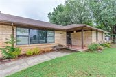 1035 S Berry Rd, Norman, OK 73069