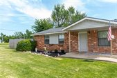 712 None Holsey Dr, Noble, OK 73068