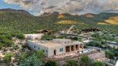 5521 North Sabino Highlands Place, Tucson, AZ 85749
