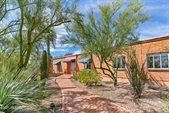 6145 North Mina Vista, Tucson, AZ 85718