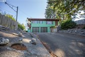 92738 Libby Ln, Coos Bay, OR 97420