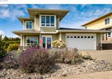 1174 Nautical Ln, Coos Bay, OR 97420