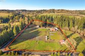 20894 South Central Point Rd, Oregon City, OR 97045