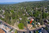 1563 NW 1st Street, Bend, OR 97703