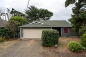 860 Pine Ave, Depoe Bay, OR 97341