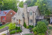 363 Atlanta Dr, Pittsburgh, PA 15228