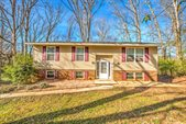 1727 Huntwood Lane, Knoxville, TN 37923