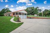 1069 McGregor Lane, Cookeville, TN 38501