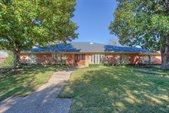 3821 Lands End Street, Fort Worth, TX 76109