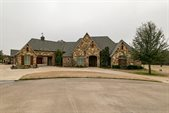 8012 Bella Flora Court, Fort Worth, TX 76126