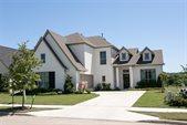 552 Trailrider Road, Fort Worth, TX 76114