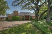 2011 Highland Park Circle, Fort Worth, TX 76107