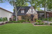 3557 Bellaire Drive South, Fort Worth, TX 76109