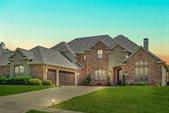 804 Bentwater Parkway, Grand Prairie, TX 75104