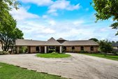8542 Meadowbrook Drive, Fort Worth, TX 76120