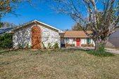 442 Oak Ridge Place, Grand Prairie, TX 75052