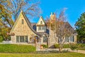 2215 Forest Park Boulevard, Fort Worth, TX 76110