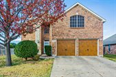1352 Lake Forest Drive, Grand Prairie, TX 75052