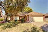2518 Mckensie Lane, Grand Prairie, TX 75052