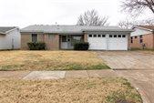 2610 Crestbrook Lane, Grand Prairie, TX 75052