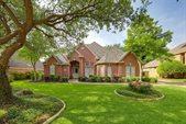 320 Glenrose Court, Southlake, TX 76092