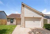 7105 Haven Creek Drive, Cypress, TX 77433