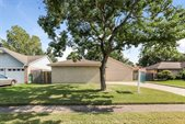 5927 Woodmancote Drive, Humble, TX 77346