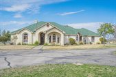 297 Riverwood Dr, San Angelo, TX 76905