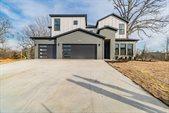 405 SW Autumn Hills Road, Bentonville, AR 72712