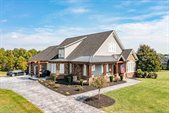 1194 West Crossing Drive, Forest, VA 24551