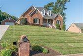 256 Post Oak Dr, Roanoke, VA 24019