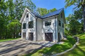6980 Hidden Woods Dr, Roanoke, VA 24018