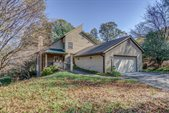7448 Lawrence Ln, Roanoke, VA 24018