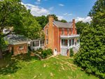 2111 Old Greenville Rd, Staunton, VA 24401