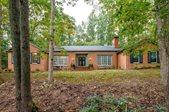127 Woodland Dr, Staunton, VA 24401