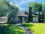 417 Frederick Ave, Fort Atkinson, WI 53538