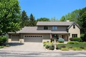 719 McMillen St, Fort Atkinson, WI 53538