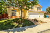 1920 Sycamore CT, Hollister, CA 95023