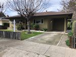 844 West ST, Hollister, CA 95023