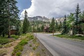 165 Le Verne St, Mammoth Lakes, CA 93546
