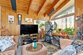 124 Hill St, Mammoth Lakes, CA 93546