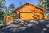 155 Silver Tip Lane, Mammoth Lakes, CA 93546