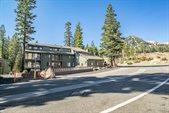 895 Canyon Blvd #11, Mammoth Lakes, CA 93546
