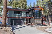 402 Pinecrest, Mammoth Lakes, CA 93546